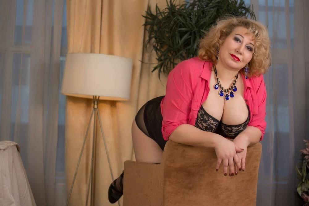 Дешевые проститутки на дыбенко до 7000р выезд